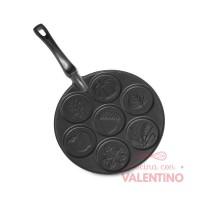 Molde Nordic Ware  Autumn Pancake Pan