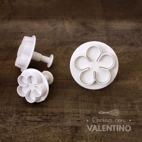 Cortantes Plastico Automatico Flores x3 - CM