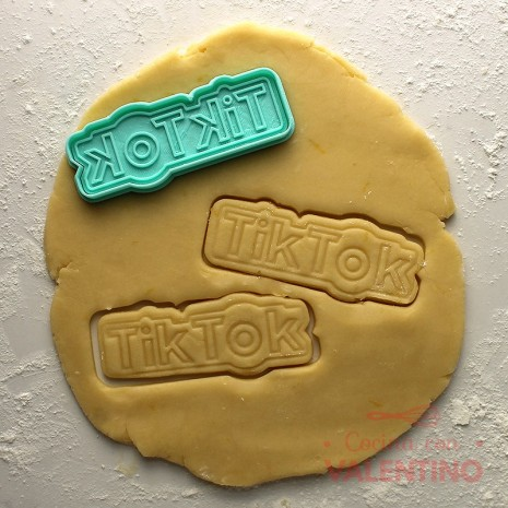 Cortante Tik Tok Letras Cookie Kutter